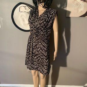 "H&M Size 6 V Neck Dress Plundge Length 36"""